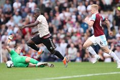 Romelu Lukaku of Manchester United takes the ball around Joe Hart of Burnley but is stopped by Ben Mee of Burnley before scoring during the Premier League match between Burnley FC and Manchester. Ben Mee, Burnley Fc, Premier League Matches, Manchester United, The Unit, Running, Sports, Hs Sports, Man United