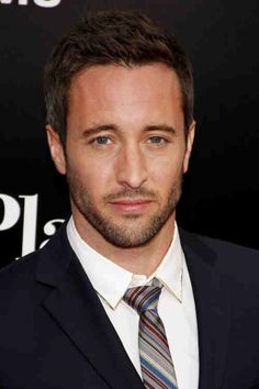 eye candy alex 16 Afternoon eye candy: Alex O'Loughlin (31 photos)