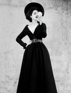 Marion Cotillard in vintage dior