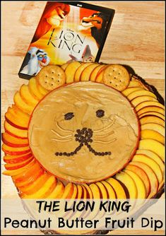 The Lion King Peanut Butter Fruit Dip - a healthy and fun Disney themed treat for movie night! Lion Birthday Party, Lion Party, Lion King Party, Lion King Birthday, Birthday Ideas, Animal Birthday, Lion King Theme, King Food, Lion King Baby Shower