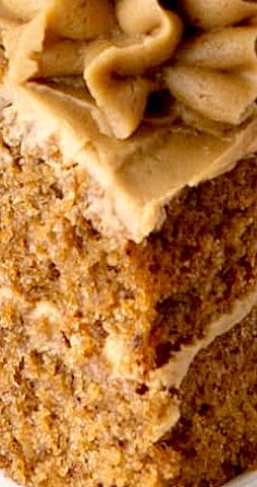 Easy Coffee Cake - A delicious all-in-one coffee sponge topped with smooth coffee buttercream. PLUS - How to make this cake in any size of round, square or rectangular tin. Healthy Cake Recipes, Delicious Cake Recipes, Cupcake Recipes, Yummy Cakes, Sweet Recipes, Baking Recipes, Cupcake Cakes, Keto Recipes, Cupcakes