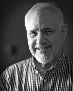 Los paradigmas de la Medicina mercantilizada      El doctor Cisneros expresa su preocupación por la Medicina mercantillzada en una entrevista con Napoleón Bravo, en su programa 24 horas.  http://enlamira.net/2017/11/01/los-paradigmas-de-la-medicina-mercantilizada/