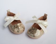 Handmade Baby Shoes by CriaBabyShoes on Etsy
