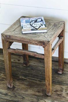 Antikk krakk. Godt utvalg av antikke småmøbler. www.homeandcottage.no