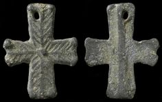 """Medieval / Crusaders Europe. 8th - 11th century AD. Lead """"Pilgrim's"""" cross. 25 mm tall.     website:  http://www.ancientresource.com/lots/medieval_crusades/crusaders_artifacts1.html"""