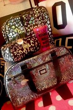 Victoria's Secret PINK Leopard BLING XL Duffle Carry On Make Up Bag Luggage Cup
