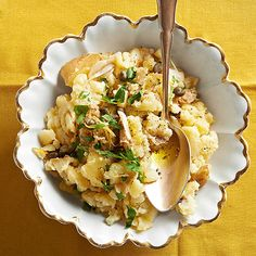 Mashed potatoes get a citrus squeeze and a caper kick in this classic holiday side! Get the recipe here: http://www.bhg.com/recipes/potato/potato-side-dish-recipes/?socsrc=bhgpin010115lemongarlicmashedpotatoes&page=7