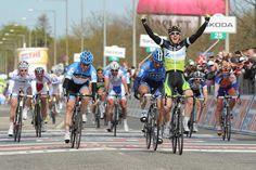 Matthew Goss wins stage 3 Giro d'Italia 2012