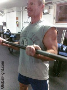 a gym workouts bicep curls
