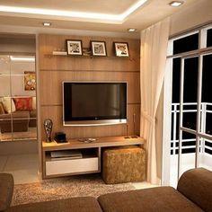 Inspiração de rack + painel de tv para uma sala pequena. Móvel muito bonito e funcional. Pinterest #blogmeuminiape #meuminiape #apartamentospequenos #inspiração #sala #salapequena #paineldetv #rack #madeira #decoração