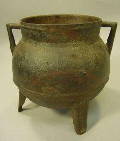 17/18th century, Dutch or British iron Pot 7 X 7in (1)