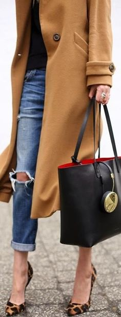 street style | LBV | KeepSmiling | BeStayElegant | More outfits like this on the Stylekick app! Download at http://app.stylekick.com
