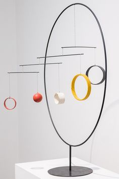 Alexander Calder and his high-wire circus act Rotation, rotation, rotation! Alexander Calder and his high-wire circus act Mobile Sculpture, Modern Sculpture, Abstract Sculpture, Sculpture Art, Wire Sculptures, Geometric Sculpture, Alexander Calder, Mobile Art, Hanging Mobile
