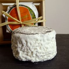 Martone | Good Food Awards - 2015 winner; a surface-ripened beauty made from a 50/50 blend of cow and goat's milk, resulting in a mild, buttery flavor and citrus finish. The perfect table cheese to accompany a saison or a light Belgian style ale.