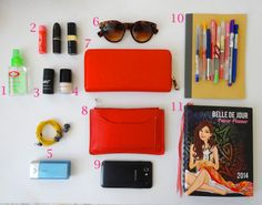 primp & paper: Lady Carryall {what's in your bag?}