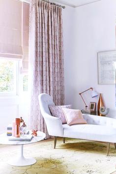 Pink Bedroom Design, Pink Bedroom Decor, Pink Bedroom For Girls, Pink Bedrooms, Gold Bedroom, Living Room Decor, Luxury Curtains, Pink Curtains, Patterned Curtains