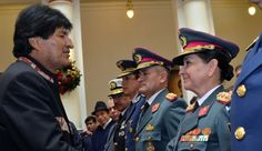 Gina Terán é a primeira mulher a chegar à cúpula militar no país. Ela é filha de Luis Reque Terán, que dirigiu os militares em 1967