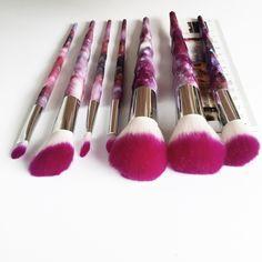 2017New custom logo makeup brushes multipurpose brush 8 pcs eyeliner stencil unicorn rainbow