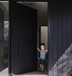 Monday morning let's do this // Leo wearing outfit from our fave local for build… Best Exterior House Paint, Exterior House Colors, Exterior Doors, Black Front Doors, Front Door Colors, Modern Traditional, Traditional House, Traditional Exterior, Rustic Outdoor Spaces