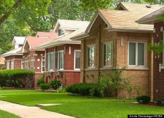 Chicago bungalows - front yards and landscaping.
