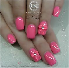 Pinky Nails with Pink 3D Bows!...