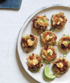 Sesame Crab Cakes With Chili Mayo | Let these impressive make-ahead snacks prep guests for your Thanksgiving or holiday meal.