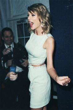 Taylor Swift partying!