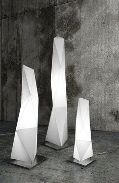 Diamond lamp is a very nice example of modern design in minimal style that can fill up your empty interior corners. Model comes in Rhinoceros and Vray file format and also in general OBJ extension. Light Art, Lamp Light, Light Bulb, Blitz Design, Decorative Floor Lamps, Concept Architecture, Vintage Lamps, Lighting Solutions, Outdoor Lighting