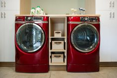 Front Load Washer and Dryer in Blog Cabin's Mudroom
