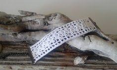 """Bracelet romantique """"Victoria"""" façon  dentelle blanc crocheté main"""