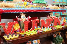 Festas infantil em São Luis - MA: Festa Infantil - Galinha Pintadinha para a Valentina