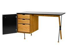 Portobellostreet.es presenta una colección que recoge diseños de los años 50 y los readapta a la actualidad, siempre con la funcionalidad co...