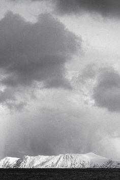Skyfall 2/4 • Måsøya, Norway • From Havøysund to Honningsvåg, along a heavy snowstorm 🌨 • landscape panorama panoramic large format print original photography image
