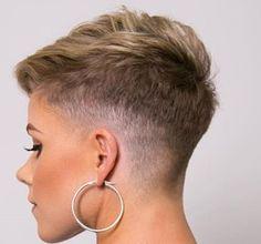 Edgy Short Haircut Styles for Thick Hair - Easy Hair Styles Edgy Short Haircuts, Short Haircut Styles, Modern Haircuts, Haircut For Thick Hair, Pixie Haircut, Haircut Men, 2016 Haircut, High Fade Haircut, Haircut Medium