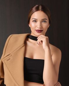 Sarah Lahbati, Best Makeup Products, Make Up, Celebrities, Hair Styles, Face, Amazing Makeup, Instagram Posts, People