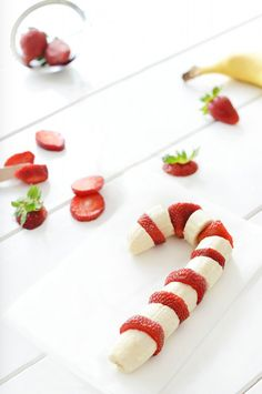 I am all about cute healthy snack ideas, and this one is is sure to please kids and adults! It would be a super cute holiday breakfast for little ones, or a fun festive setup for a chocolate fondue date night with friends or loved ones! All you need are freshly sliced strawberries and bananas! … Read more...