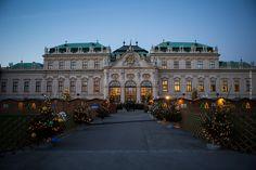 Weihnachtsmarkt und Adventsmarkt in Wien, Österreich - Schloss Belvedere - Christmas market in Vienna, Austria - Xmas - Weihnachten