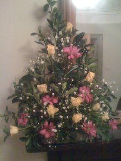 Indoor flowers arrangement by LINA.