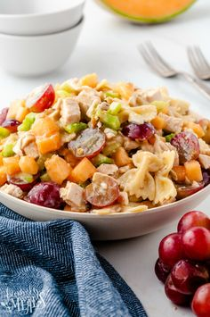 Chicken Pasta Salad Recipes, Easy Pasta Salad, Soup Recipes, Family Fresh Meals, Dairy Free Recipes, How To Cook Chicken, Side Dishes, White Bowl, Cooking