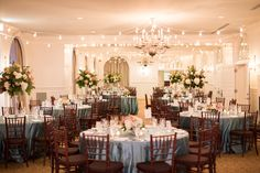 La Tavola Fine Linen Rental: Shimmer Spa | Photography: Aaron Watson Photography, Planning & Design: Donovan-Groves Events