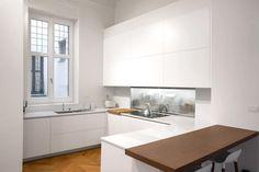 16VT: Cucina attrezzata in stile  di Chantal Forzatti architetto