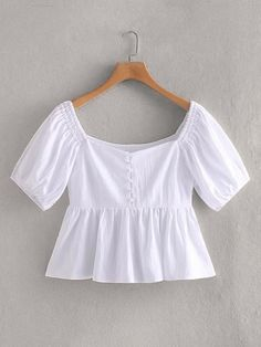 Short Sleeves Blouse in White Peplum Blouse, Blouse Outfit, Blouse Styles, Blouse Designs, Lace Saree, Girl Fashion, Fashion Outfits, Autumn Clothes, Blouse Online