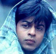 Shahrukh Khan Family, Shahrukh Khan And Kajol, Shah Rukh Khan Movies, Kuch Kuch Hota Hai, Aesthetic Photography Nature, Rishi Kapoor, Indian Star, Vintage Bollywood, Cinema