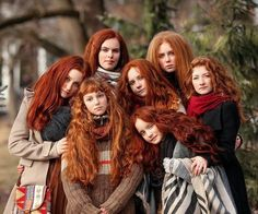 Seven redheads for an inspiring Monday Tuesday Wednesday Thursday Friday Saturday Sunday! Beautiful Red Hair, Beautiful Redhead, Beautiful People, Unordentlicher Bob, Girls With Red Hair, Ginger Girls, Natural Redhead, Natural Hair, Redhead Girl