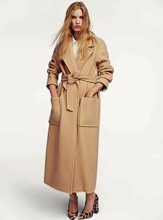 Il classico coat, pezzo intramontabile ed immancabile nel guardaroba di ognuna, assume un'allure nuova grazie a