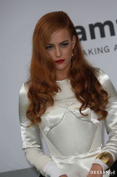 The latest selection of the moment of long hairstyles with all the top colours and shades styles from poker straight to tight curls from the UK's top stylists page of styles) Celebrity Hairstyles, Red Hairstyles, Star Francaise, Top Stylist, Palais Des Festivals, Tight Curls, Strawberry Blonde, Ginger Hair, Celebrity Look
