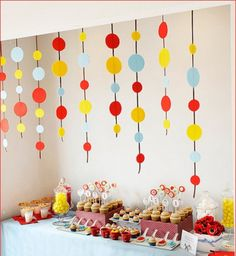 curious-george-birthday-party-garlands