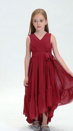 Girls Dresses Sewing, Stylish Dresses For Girls, Gowns For Girls, Frocks For Girls, Dresses Kids Girl, Girls Red Dress, Red Dresses For Kids, Little Girl Princess Dresses, Little Girl Gowns