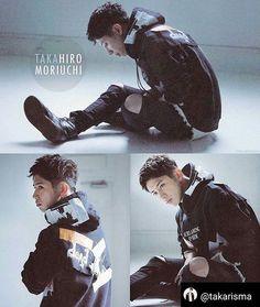 Taka from OneOkRock // Takahiro Moriuchi // Takahiro Morira // One Ok Rock, My Handsome Man, Handsome Actors, Takahiro Morita, Takahiro Moriuchi, Actors Male, Extreme Metal, Singing In The Rain, Japanese Boy