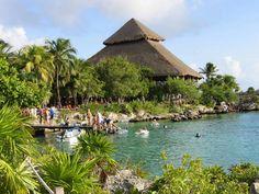 Xel-Há, paraíso en la tierra en Cancún. Descubre más lugares de interés en http://www.1001consejos.com/guia-de-viajes-que-hacer-en-cancun